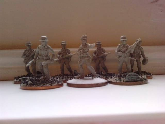 Valient miniatures for WW2 Minis007-1