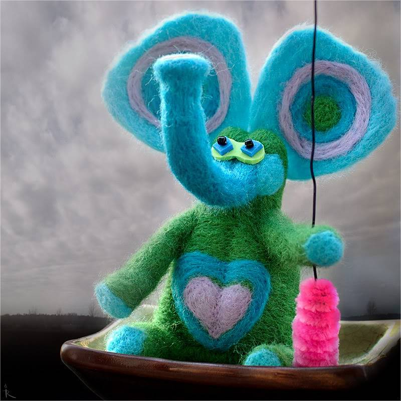 Позитивные игрушки от Ирины Рудман Slon2