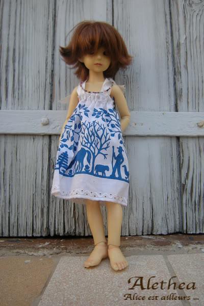 Couture de Lumir (Pour Narsha, Pocket Fairy et Momoko) - Page 3 Ma_robe1