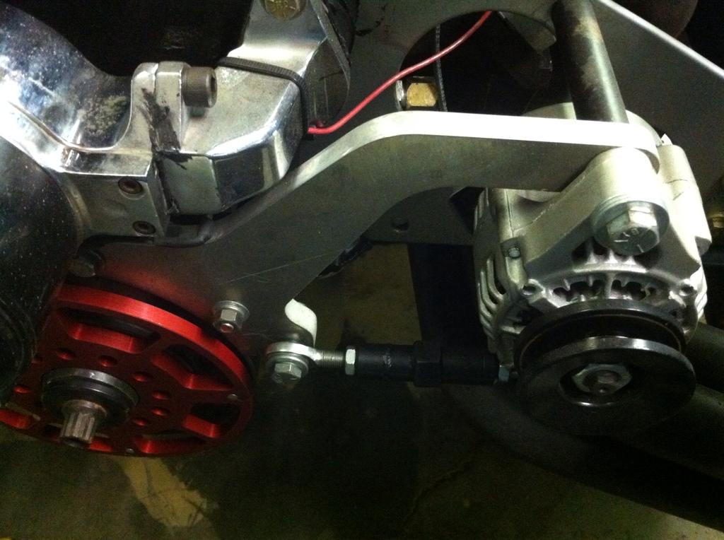 alternator bracket w/ electric water pump 16D55A84-C740-4613-9A86-E4481369F9AF-2577-000003F88B2E4F4A