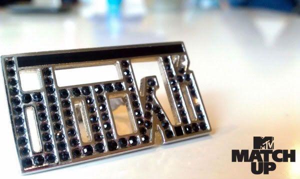 [111025] MTV Match Up mensaje + fotos 0fRTD