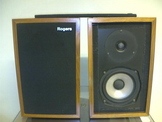 necesito ayuda para repuesto de altavoz de Rogers Estudio 3 Image872