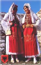Veshjet kombetare... FolkloricDanceinTypical-Costume-of-