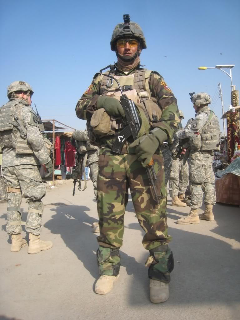 Irak Sejad_mehdi_21_karbala_knee_pads_ar