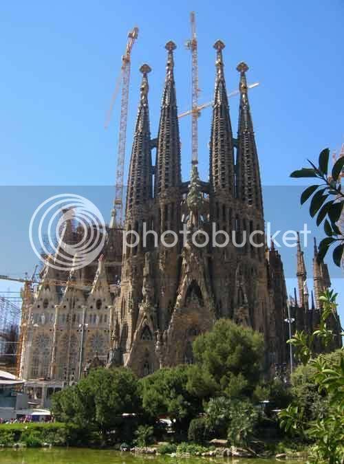 Jeu des lieux géographiques Sagrada-familia1