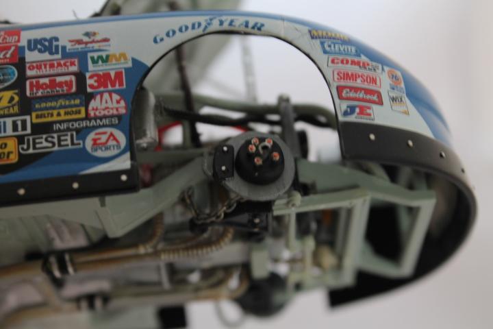 Two NASCAR model kits IMG_1537_zpsdd4effd2
