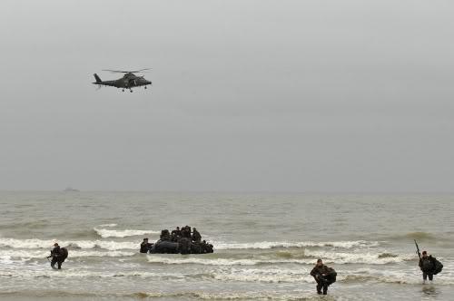 Armée Belge / Defensie van België / Belgian Army  Oostende_beachLanding001