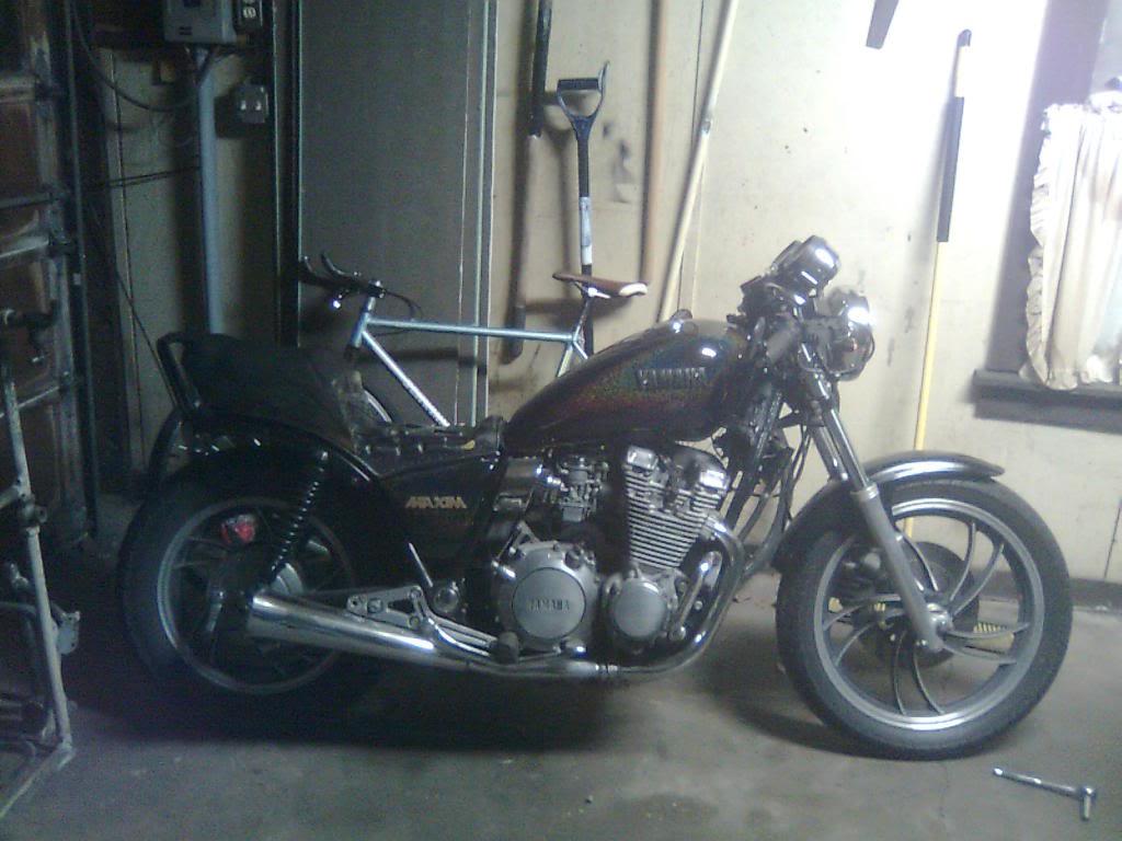 Yamaha xj 650 project - Page 2 Bike10-14-09