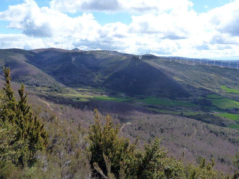 KARRASKAL (Otra cima de la sierra de Alaitz) P1120651_resize