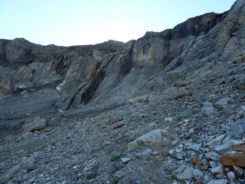 LA MUNIA, 3.132m (Uno de los grandes) P1130346_resize