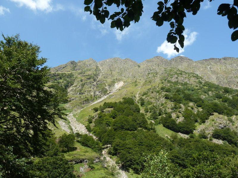 LAGO DE OO (Una postal del Pirineo) P1110799_resize