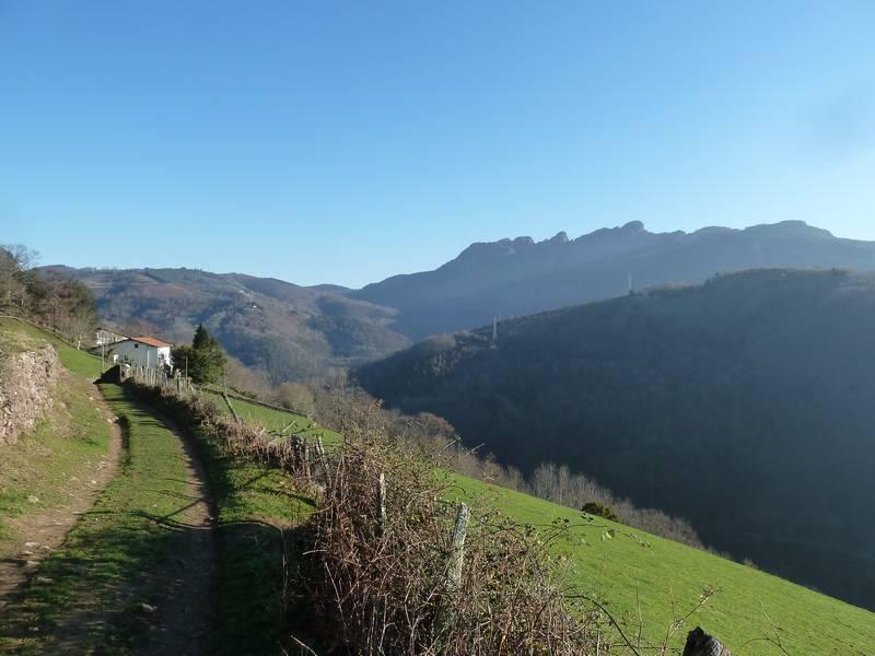 PAGOLARRE (Una montaña de mi infancia) P1140163_resize