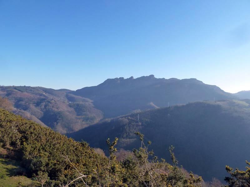 PAGOLARRE (Una montaña de mi infancia) P1140169_resize