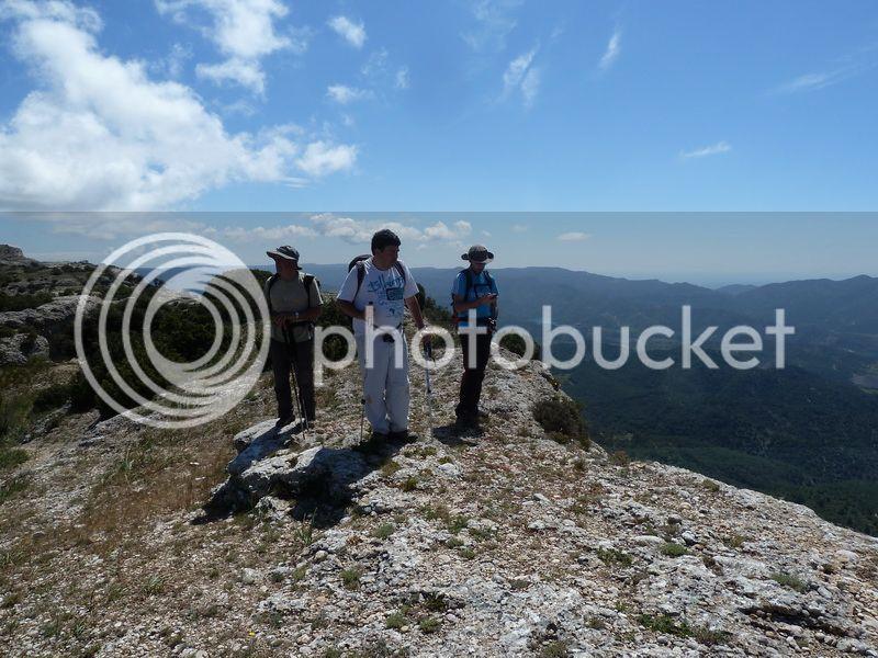 ROCA FALCONERA (El paseo de las águilas en el Montsant) P1100055_resize