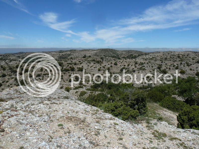 ROCA FALCONERA (El paseo de las águilas en el Montsant) P1100057_resize
