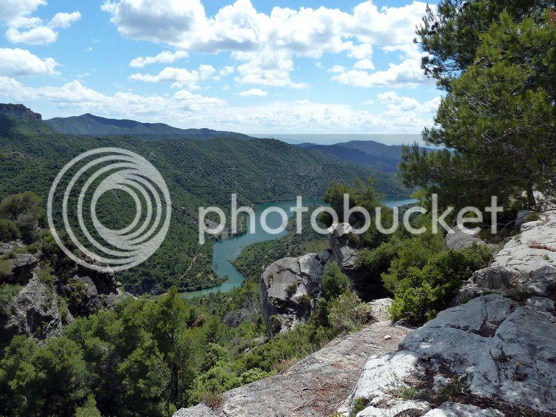 ROCA FALCONERA (El paseo de las águilas en el Montsant) P1100081_resize