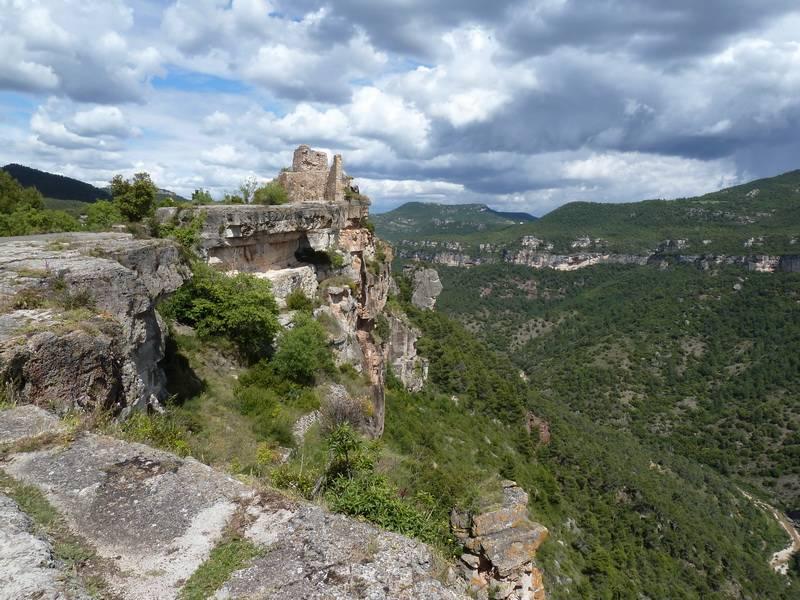 ROCA FALCONERA (El paseo de las águilas en el Montsant) P1100088_resize