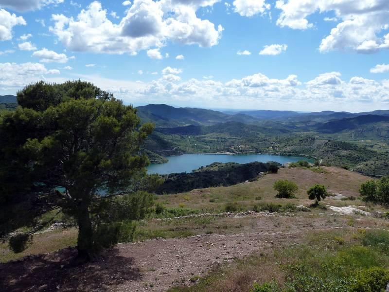 ROCA FALCONERA (El paseo de las águilas en el Montsant) P1100094_resize