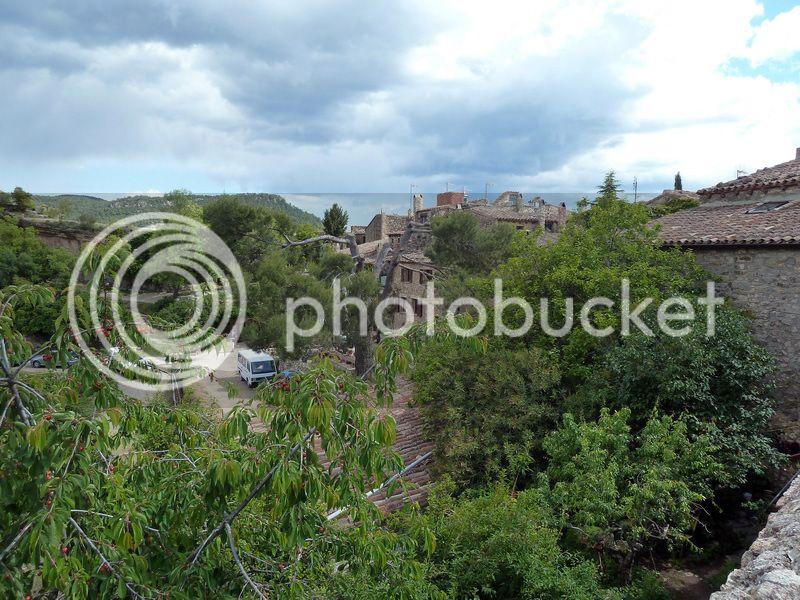 ROCA FALCONERA (El paseo de las águilas en el Montsant) P1100097_resize