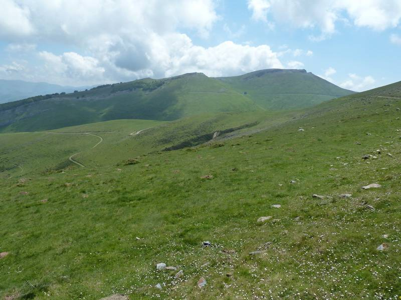 LEIZAR ATEKA, BENTARTE Y TXANGOA (El camino del peregrino) P1090930_resize