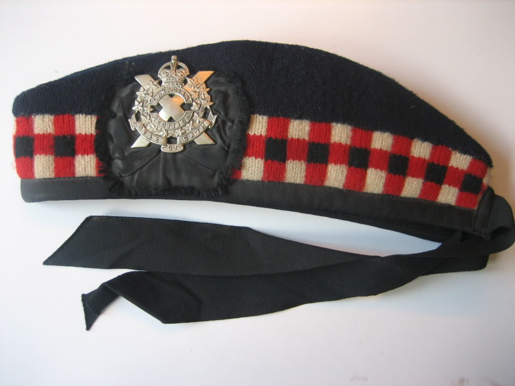 Canadian Scottish Insignia 02okt007-2
