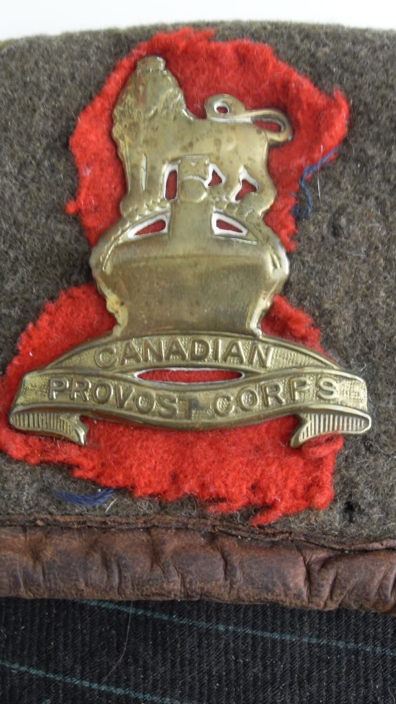 Royal Canadian Artillery Badge Modified CANADA2009162