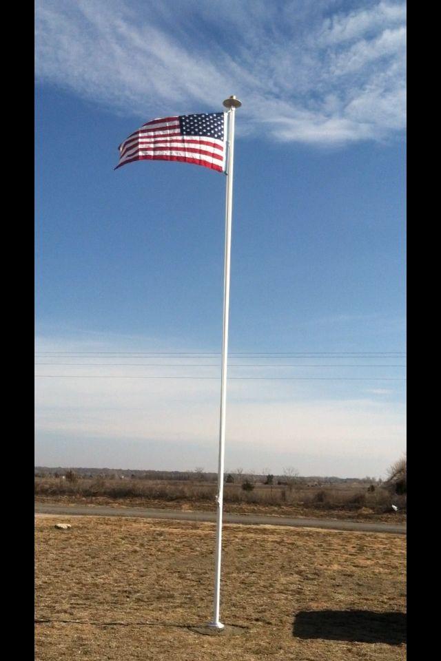 Any one fly a flag ?  3E6E0DFF-DD28-410B-9634-834748F6C939-27282-000018DBFEC41DE3_zps931f6d9f