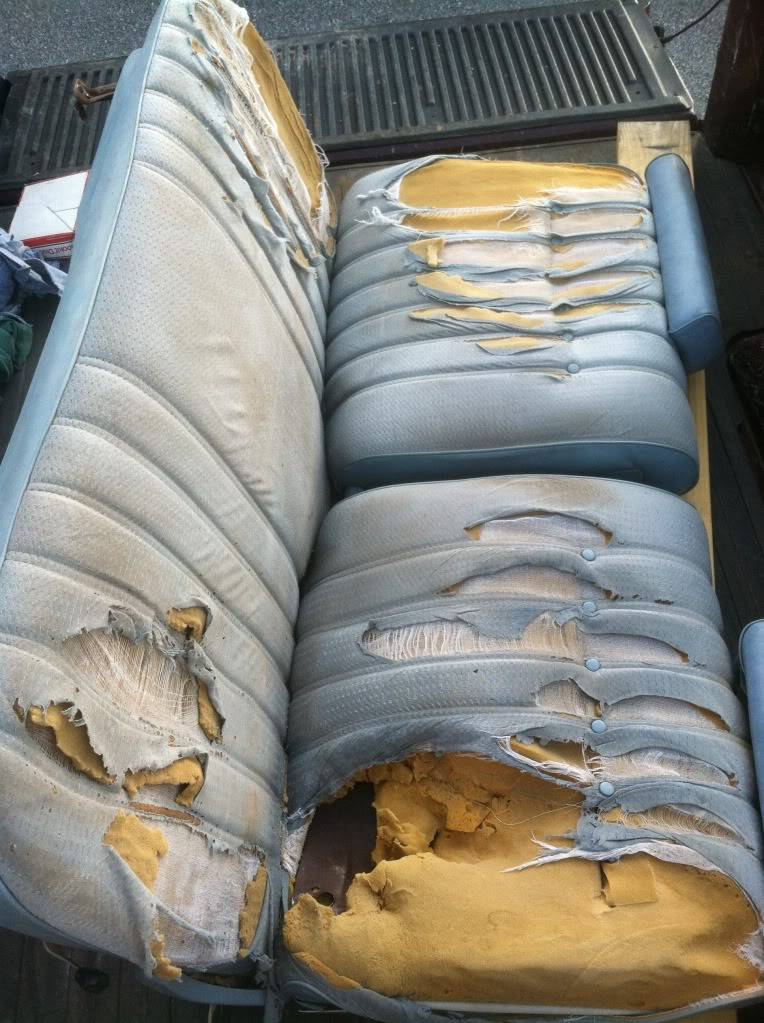 Looking for pics of recovered seats 81A793CC-C880-4E46-92AB-FF8B794F0DDF-18670-00000FB078FD5EE7_zps0d42f81b