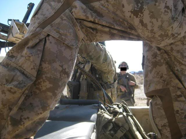 AOR1/Digi2   NSW/DEVGRU Exclusive desert camouflage by Crye Precision 2yoeuso