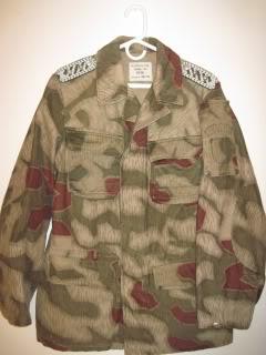 There are at least three types of Fallschirmjäger Splittertarn uniforms BGS018-1