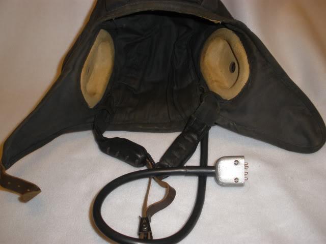 Grenada Bringback: Captured APC crewman's Helmet, canteen and Buckle P5110011