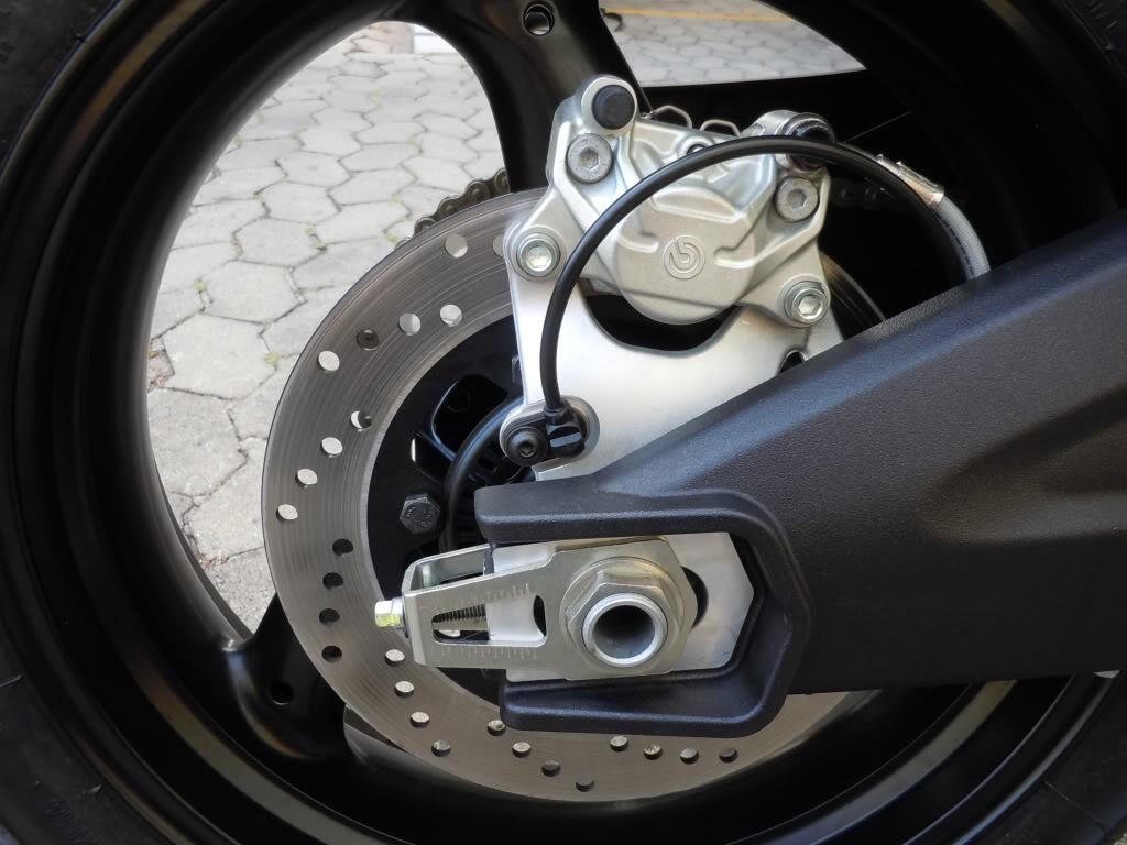 Flinkas returns... Ducati Monster 696 DSCN1544