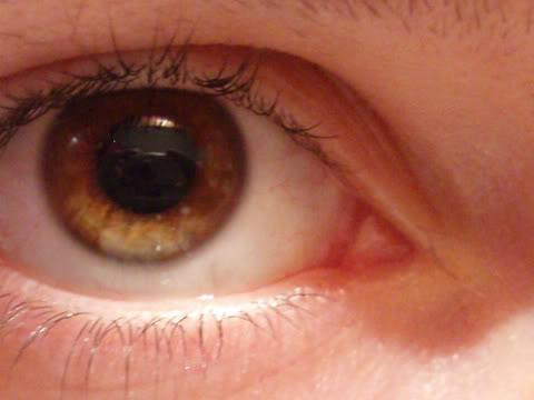 vos yeux! ( attention âmes sensibles: oeil en gros plan ^^) - Page 5 P6167166