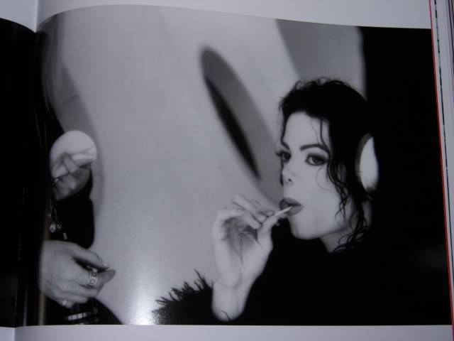 The Official Michael Jackson Opus 100_1511