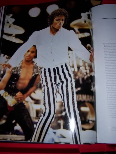 The Official Michael Jackson Opus 100_1535