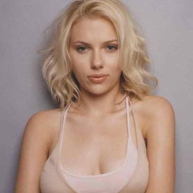 Scarlett  Johansson  - Page 4 Scarlett_johansson_009