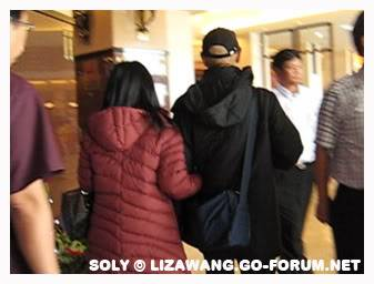[Dec 2008] Liza n Mr Law in Malaysia LizaLKY_Malaysia-Dec08d