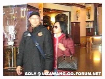 [Dec 2008] Liza n Mr Law in Malaysia LizaLKY_Malaysia-Dec08e