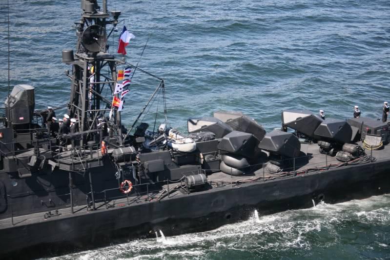 Lancha Misilera Clase SAAR IV-Armada de Chile 5021187592_9724d88f8f_b