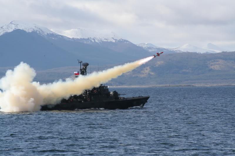 Lancha Misilera Clase SAAR IV-Armada de Chile Lanzamientodegabriel