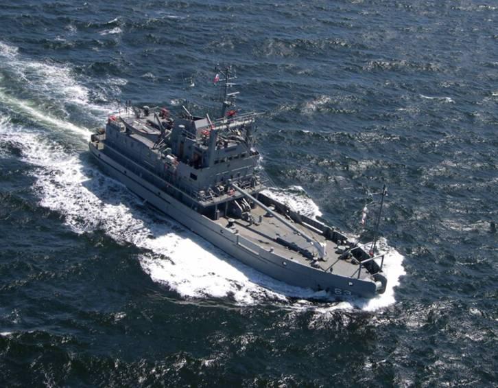 Armada de Chile BRSSLIGHT