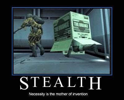 Metal Gear Solid (1987-Present) Filepicker_BWaUF6q6RvC70pGsDBBS_snake_under_box