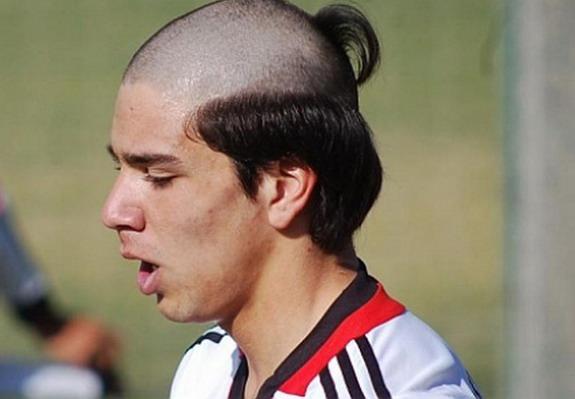 Cutting your hair - annually or biannually?  Giovanni-simeone-haircut_zps4763c26c