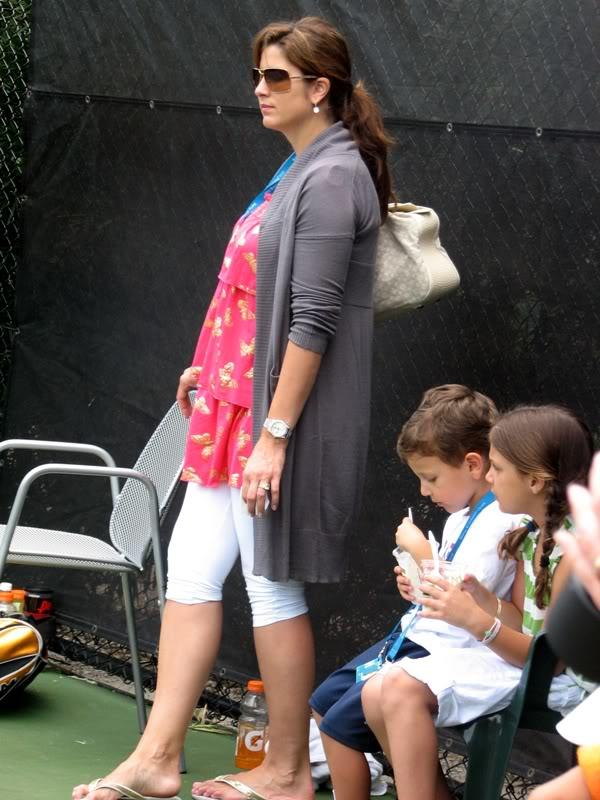 Fotos de Mirka embarazada - Página 2 Krist_MIA09030_9