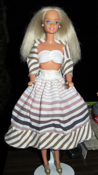 Barbie identificēšana \ Опознание куклы Барби - Page 13 IMG_2578