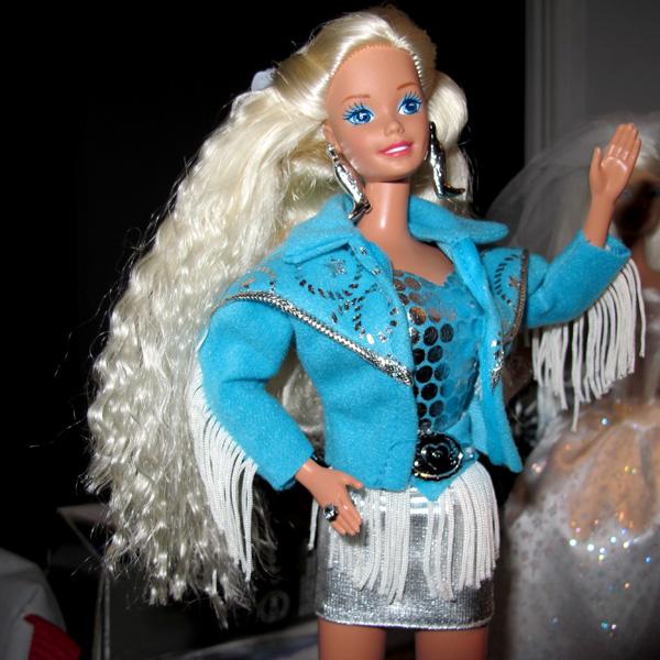Mikaella: Они поселились у меня  - Page 2 Western-Barbie-St