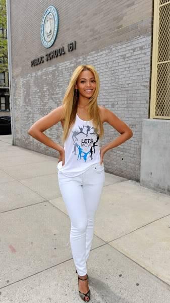 Beyoncé ré-enregistre 'Get Me Bodied' pour une campagne de lutte contre l'obésité - Page 9 64575755cheleny53201145344PM
