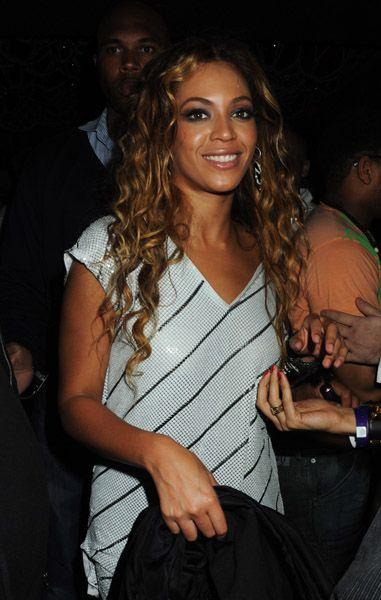 Beyonce Hosts Party At Kanaloa 58908226cheleny1114200911328AM