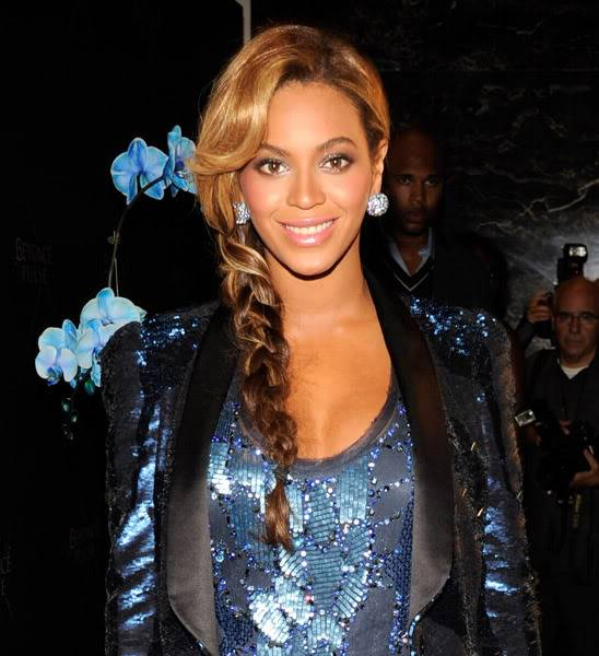 Beyoncé > Fragancias 'Heat'/'Pulse'/'Rise' (#1 Selling Celebrity Fragrance Line) - Página 3 125909962cheleny921201184558PM