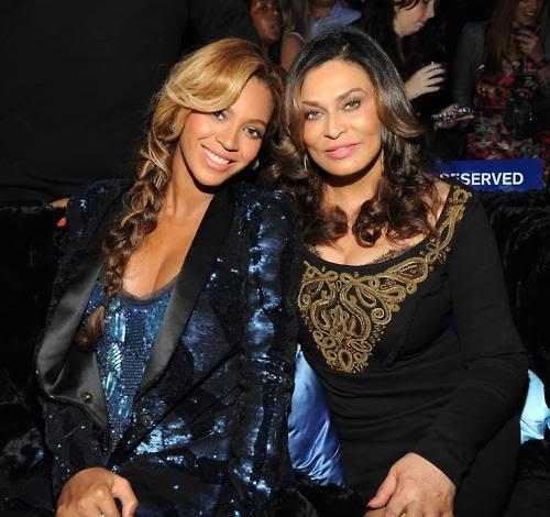 Beyoncé > Fragancias 'Heat'/'Pulse'/'Rise' (#1 Selling Celebrity Fragrance Line) - Página 4 Tumblr_lrz9w4TAm71qcwgg3o1_500